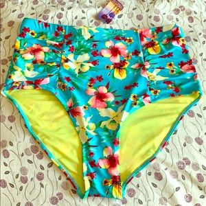2X swim bottom NWT blue with floral Hawaiian print